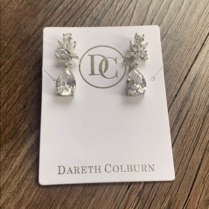 NWT Dareth Colburn Wedding Earrings